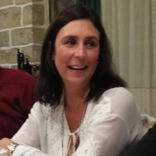 Paula Lago